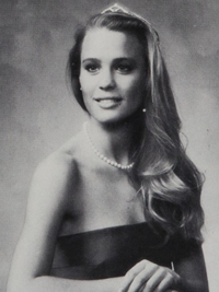 Robin Wright during her high school days